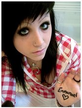 Stunning emo ex-girlfriend loves to pose