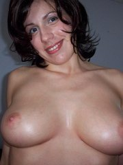 Brunette's fine tits are all a guy wanat to feel